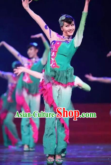 Traditional Chinese Yangge Fan Dance Costume, Folk Dance Drum Dance Green Uniform Yangko Clothing for Women