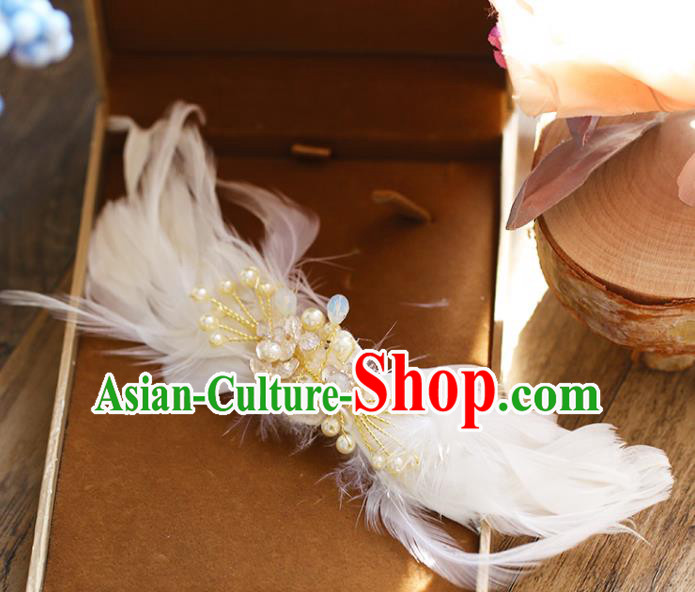 Chinese Traditional Bride Hair Accessories Baroque Princess Wedding White Feather Pearls Hair Stick for Women