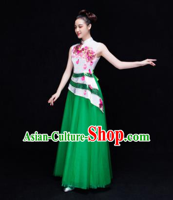 Traditional Chinese Modern Dance Costume, Opening Dance Chorus Singing Group Green Dress Clothing for Women