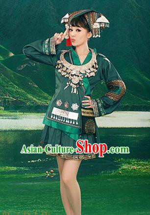Traditional Chinese Miao Nationality Dancing Costume, Hmong Folk Dance Ethnic Pleated Skirt, Chinese Minority Tujia Nationality Embroidery Costume for Women