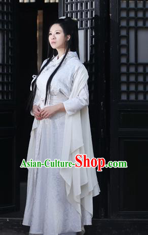 Ancient Chinese Swordsman White Embroidered Costumes for Women