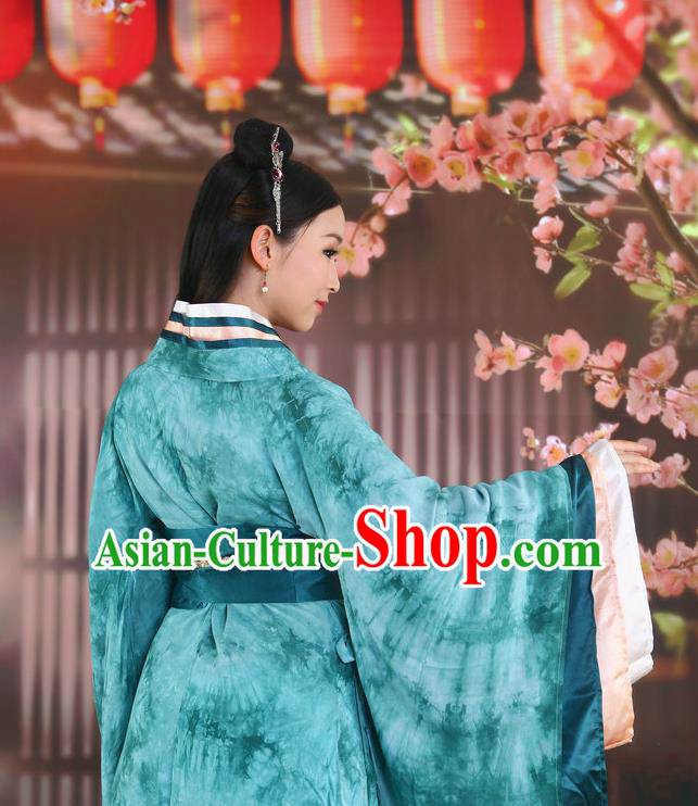 Traditional Ancient Chinese Imperial Consort Costume, Elegant Hanfu Clothing Chinese Han Dynasty Imperial Emperess Green Tie-Dye Tailing Clothing for Women