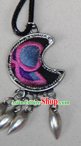Traditional Chinese Miao Nationality Crafts Hmong Handmade Silver Embroidery Moon Pendant, Ethnic Minority Miao Necklace Accessories Bells Pendant for Women