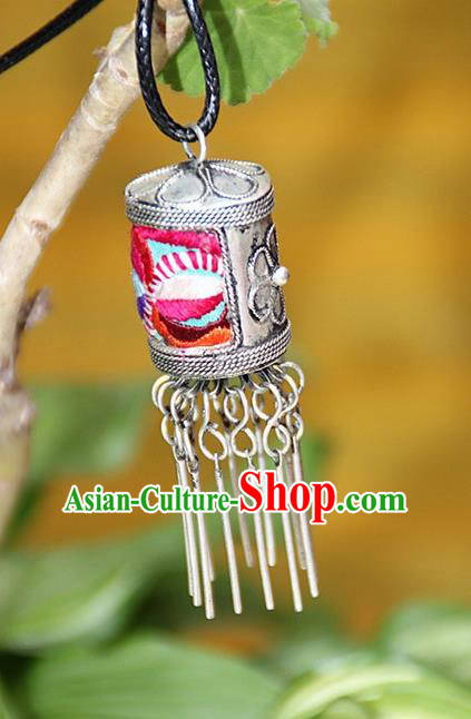 Traditional Chinese Miao Nationality Crafts, Hmong Handmade Miao Silver Embroidery Pendant, Miao Ethnic Minority Necklace Accessories Bells Pendant for Women