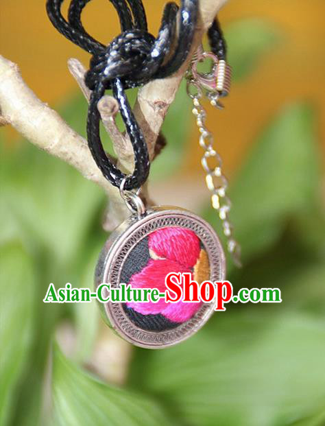 Traditional Chinese Miao Nationality Crafts, Hmong Handmade Miao Silver Embroidery Round Pendant, Miao Ethnic Minority Black Rope Necklace Accessories Pendant for Women