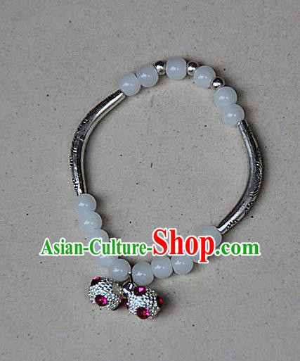 Traditional Chinese Miao Nationality Crafts Jewelry Accessory Bangle, Hmong Handmade Miao Silver White Beads Bracelet, Miao Ethnic Minority Bells Bracelet Accessories for Women