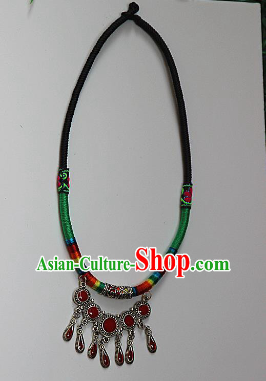 Traditional Chinese Miao Ethnic Minority Necklace, Hmong Handmade Longevity Lock, Miao Ethnic Jewelry Accessories Collarbone Chain Necklace for Women