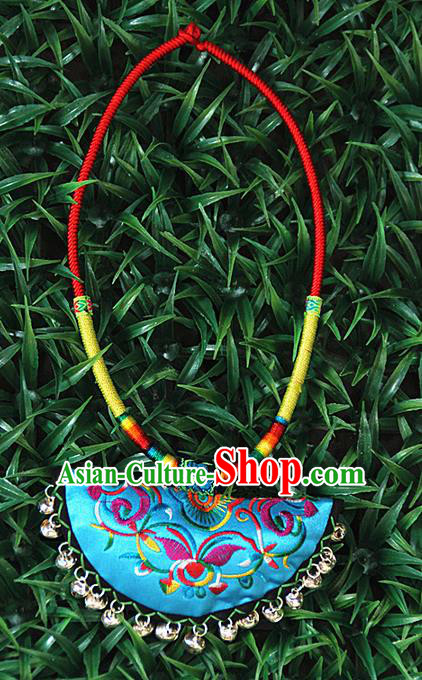 Traditional Chinese Miao Ethnic Minority Necklace, Hmong Handmade Colorized Collar Embroidery Pendant, Miao Ethnic Jewelry Accessories Bells Necklace for Women