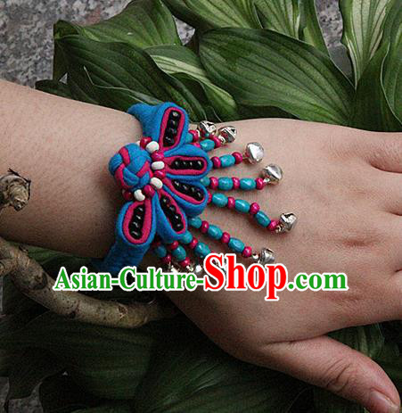 Traditional Chinese Miao Ethnic Minority Palace Jewelry Accessories Wristbands Bracelet, Hmong Handmade Bells Bracelet Hand-Knitted Chain Bracelet for Women