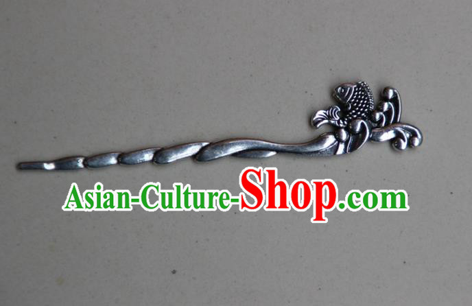 Traditional Chinese Ancient Miao Ethnic Minority Palace Hair Jewelry Accessories, Hmong Handmade Silver Fish Hairpins, Miao Ethnic Jewelry Accessories Hair Claw for Women