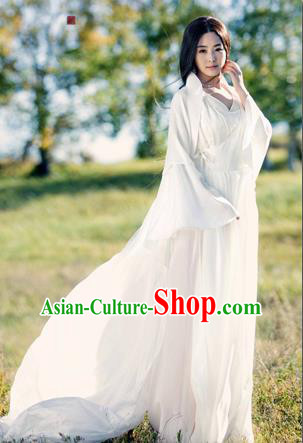 Traditional Ancient Chinese Imperial Emperess Costume, Chinese Han Dynasty Young Lady Dress, Cosplay Chinese Princess Consort Clothing White Hanfu for Women