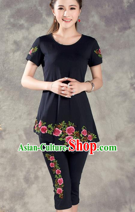 Traditional Ancient Chinese National Costume, Elegant Hanfu Embroidered T-Shirt and Pants, China Tang Suit Embroidered Black Blouse Cheongsam Upper Outer Garment Clothing for Women