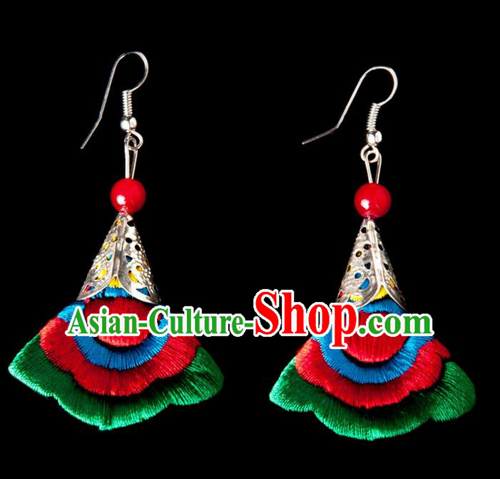 Traditional Chinese Miao Nationality Crafts, Yunnan National Handmade Embroidery Flower Linen Green Earrings Pendant, China Ethnic Minority Eardrop Accessories Earbob Pendant for Women