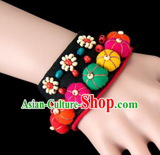 Traditional Chinese Miao Nationality Crafts, Yunan Hmong Handmade Bracelet Flowers Cuff Hand Decorative, China Miao Ethnic Minority Bangle Accessories for Women