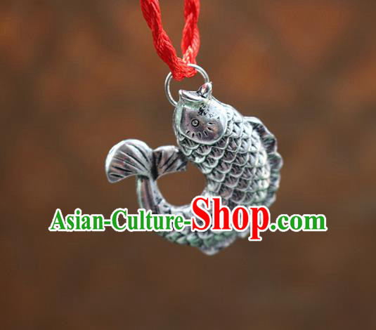 Traditional Chinese Miao Nationality Crafts Jewelry Accessory, Hmong Handmade Miao Silver Fish Pendant, Miao Ethnic Minority Necklace Accessories Sweater Chain Pendant for Women