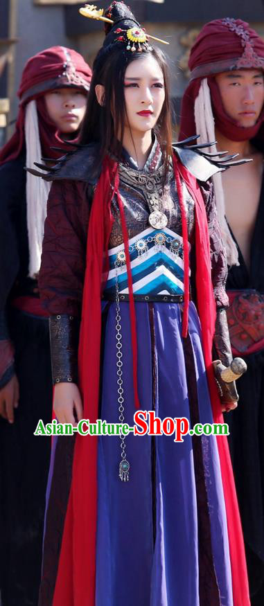 Traditional Ancient Chinese Chivalrous Swordswoman Costume, Chinese Ming Dynasty Chivalrous Woman Bandits Dress, Cosplay Chinese Television Drama Vagabondize Heroine Hanfu Trailing Embroidery Clothing for Women