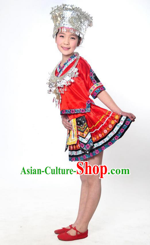 Traditional Chinese Miao Nationality Dancing Costume, Hmong Children Folk Dance Ethnic Pleated Skirt, Chinese Miao Minority Embroidery Red Clothing for Kids