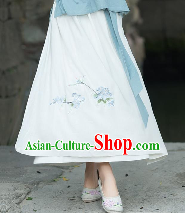 Traditional Ancient Chinese National Pleated Skirt Costume, Elegant Hanfu Chiffon Embroidery Long White Dress, China Tang Dynasty Bust Skirt for Women