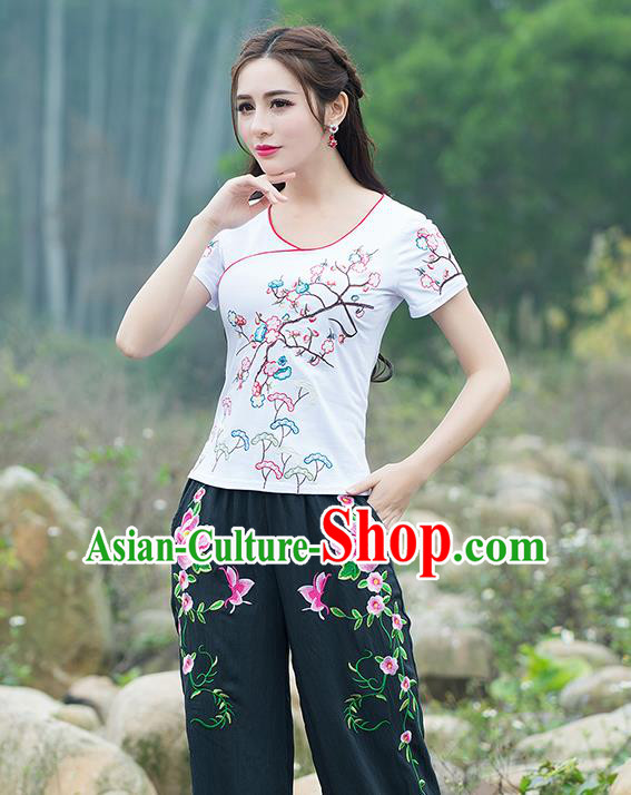 Traditional Chinese National Costume, Elegant Hanfu Embroidery Flowers White T-Shirt, China Tang Suit Blouse Cheong-sam Upper Outer Garment Qipao Shirts Clothing for Women