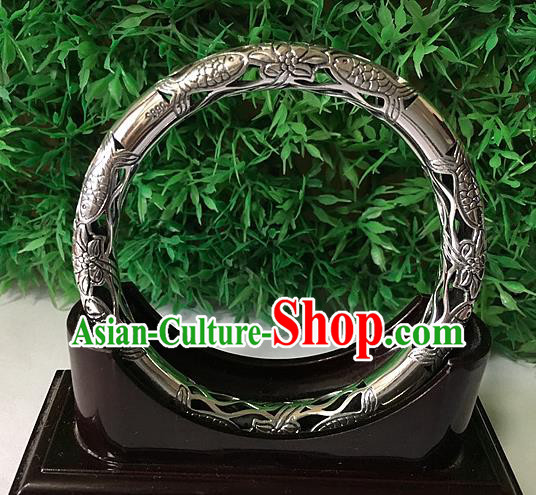Traditional Chinese Miao Nationality Accessories Hollow Bracelet, Hmong Female Ethnic Pure Sliver Bangle for Women