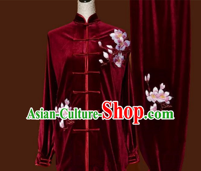 Asian Chinese Top Grade Velvet Kung Fu Costume Martial Arts Tai Chi Training Wine Red Uniform, China Embroidery Magnolia Flower Gongfu Shaolin Wushu Clothing for Women