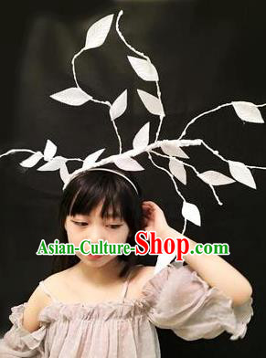 Top Grade Halloween Masquerade Ceremonial Occasions Handmade Model Show Baroque White Leaf Headwear, Brazilian Carnival Hair Clasp Headdress for Women