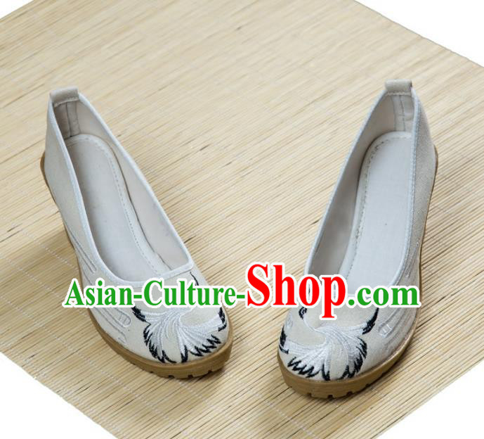Traditional Chinese Ancient Cloth Shoes, China Princess Satin Shoes Hanfu Handmade Embroidery Crane White Shoe for Women