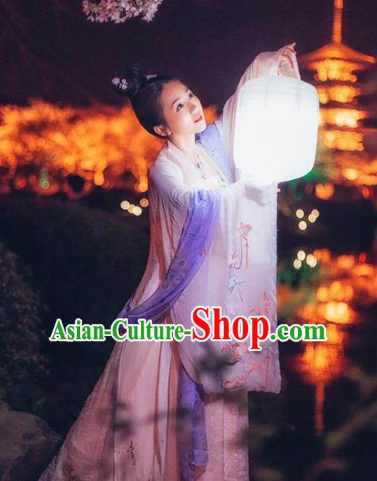 Traditional Ancient Chinese Han Dynasty Princess Embroidery Costume, Elegant Hanfu Clothing Chinese Wide Sleeve Dance Dress Clothing for Women