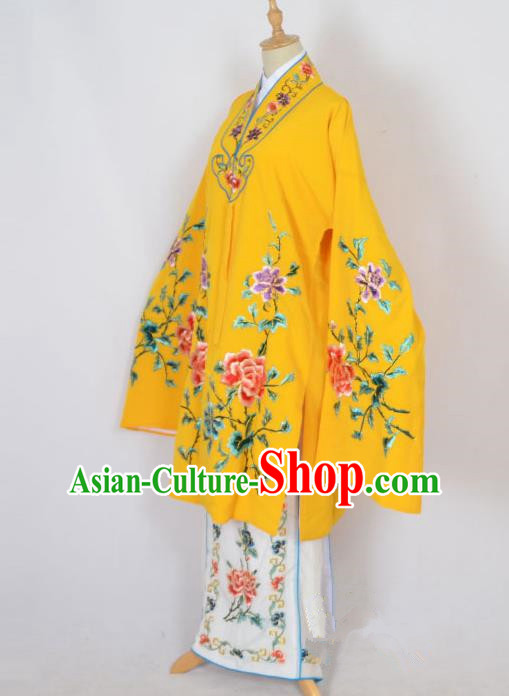 Traditional Chinese Professional Peking Opera Nobility Lady Costume Yellow Mantel, China Beijing Opera Shaoxing Opera Embroidery Diva Hua Tan Dress Clothing