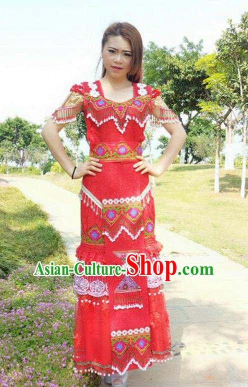 Traditional Chinese Miao Nationality Wedding Costume, Hmong Folk Dance Ethnic Tassel Long Red Pleated Skirt, Chinese Minority Nationality Embroidery Clothing for Women
