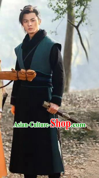 Traditional Chinese Ancient Swordsman Costume, Chinese Qin Dynasty Knight Kawaler Hanfu Clothing for Men