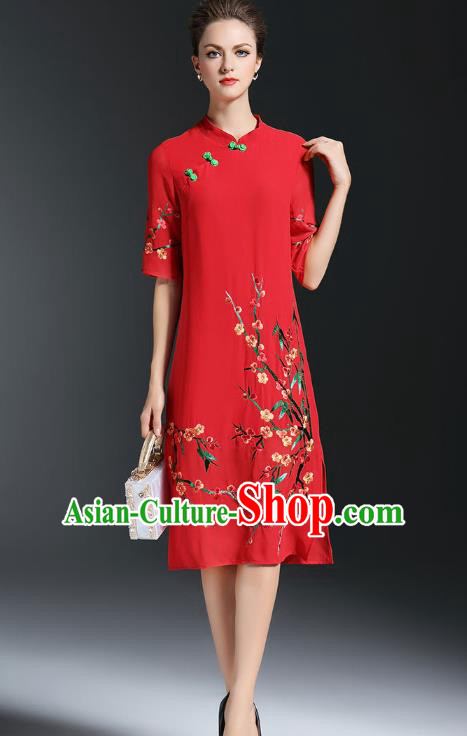 Top Grade Asian Chinese Costumes Classical Embroidery Plum Blossom Slant Opening Cheongsam, Traditional China National Red Chiffon Chirpaur Dress Plated Buttons Qipao for Women