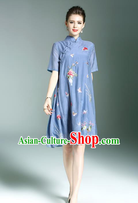 Top Grade Asian Chinese Costumes Classical Embroidery Butterfly Flowers Slant Opening Cheongsam, Traditional China National Blue Chirpaur Dress Plated Buttons Qipao for Women