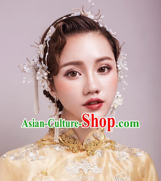 Aisan Chinese Handmade Classical Hair Accessories White Flowers Hair Comb Complete Set, China Xiuhe Suit Hairpins Wedding Headwear for Women