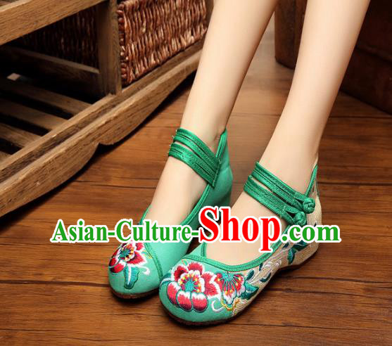 Asian Chinese National Green Embroidered Peony Shoes, Traditional China Princess Shoes Hanfu Embroidery Shoes for Women