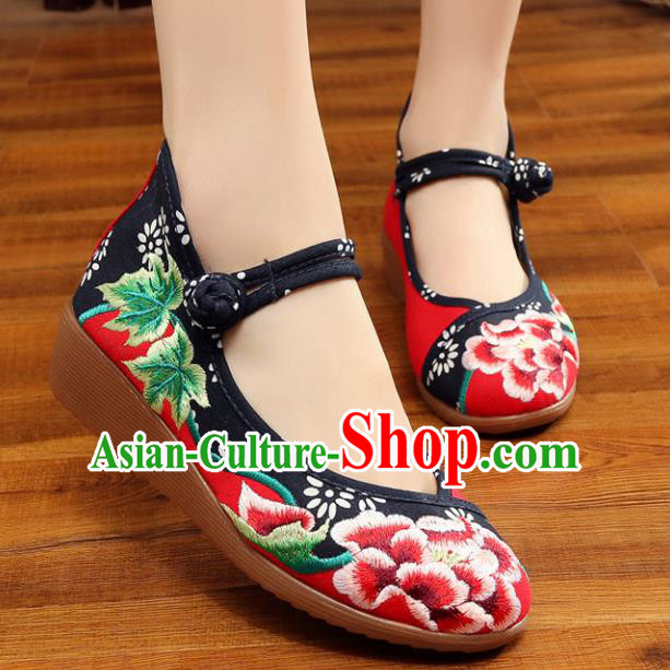 Traditional Chinese National Hanfu Red Embroidered Shoes, China Princess Embroidery Peony Shoes for Women