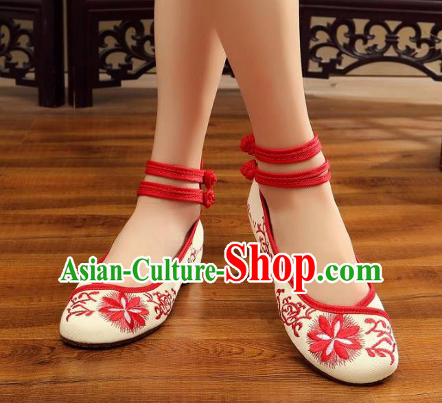 Traditional Chinese National Hanfu Red Embroidered Shoes, China Princess Embroidery Flowers Shoes for Women