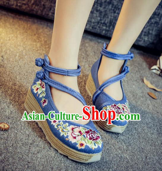Traditional Chinese National Hanfu Blue Linen Embroidered Shoes, China Princess Embroidery Peony Shoes for Women