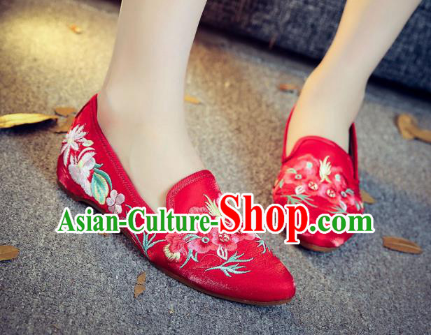 Traditional Chinese National Hanfu Embroidery Wintersweet Shoes, China Princess Red Embroidered Shoes for Women