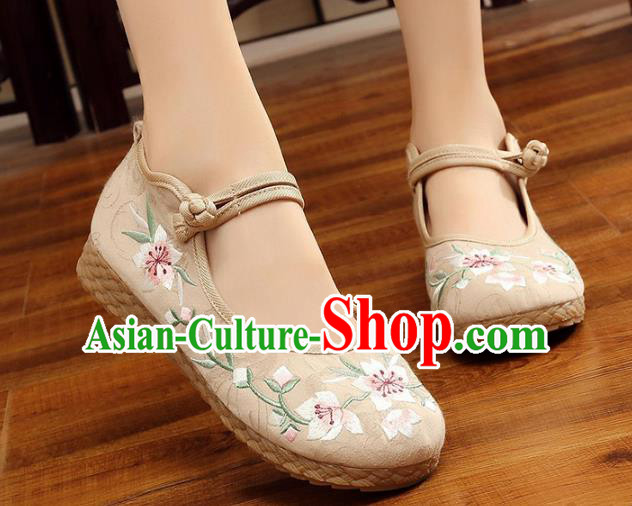 Traditional Chinese National Hanfu Embroidery Peach Blossom White Shoes, China Princess Embroidered Shoes for Women