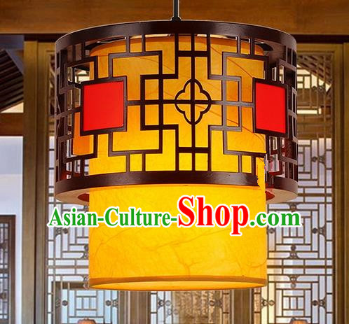 Traditional Chinese Handmade Wood Lantern Sheepskin Palace Lantern China Ceiling Palace Lamp