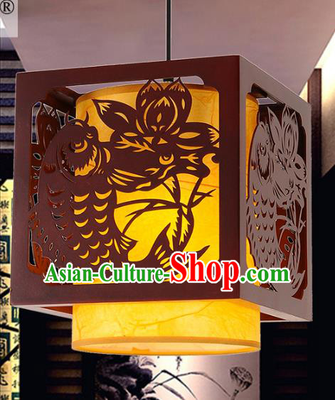 Traditional Chinese Handmade Wood Carving Fish Lantern Classical Palace Lantern China Ceiling Palace Lamp