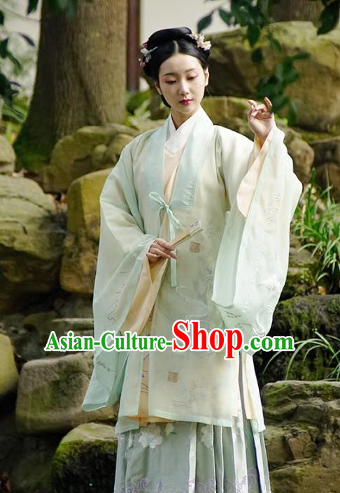 Traditional Chinese Ancient Gentlewoman Costume, China Ming Dynasty Palace Lady Embroidered Clothing for Women