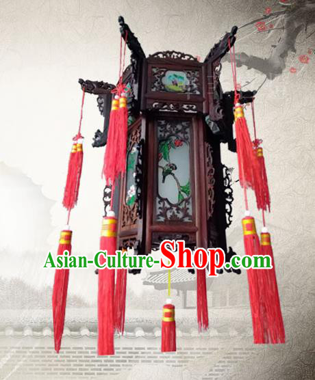 Traditional Chinese Handmade Wood Carving Ceiling Lantern Classical Grass Palace Lantern China Palace Lamp