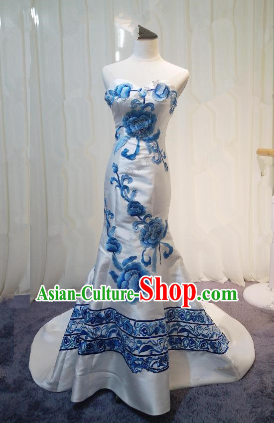 Chinese Style Wedding Catwalks Costume Wedding Bride Embroidery Peony Trailing Full Dress Fishtail Cheongsam for Women