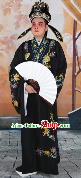 Chinese Beijing Opera Niche Costume Black Embroidered Robe, China Peking Opera Scholar Embroidery Chrysanthemum Clothing