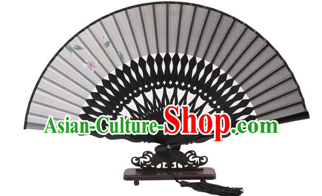 Traditional Chinese Crafts Hand Painting Flowers Folding Fan, China Handmade Grey Silk Bamboo Fans for Women