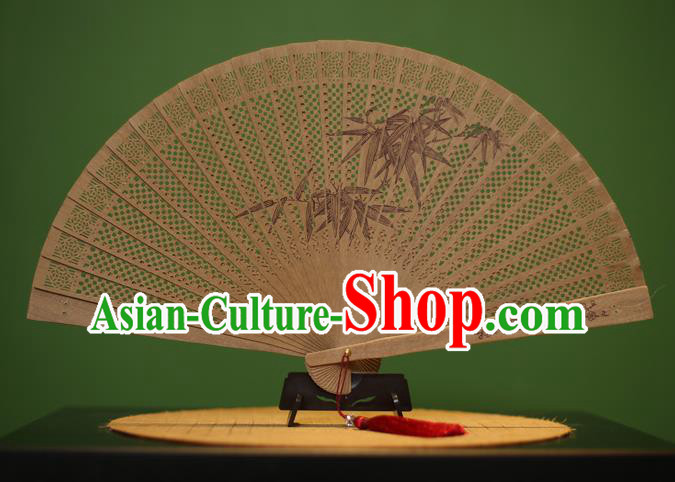 Traditional Chinese Crafts Sandalwood Folding Fan, China Handmade Carving Bamboo Leaf Incienso Fans for Women