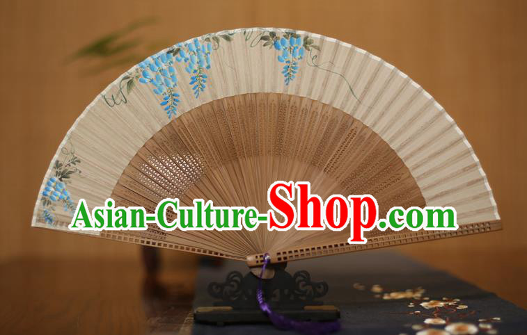 Traditional Chinese Crafts Printing Grape Folding Fan, China Handmade Classical Silk Pierced Fans for Women