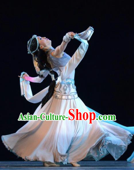 Chinese Traditional Zang Nationality Costume Tibetan Folk Dance Ethnic Clothing for Women
